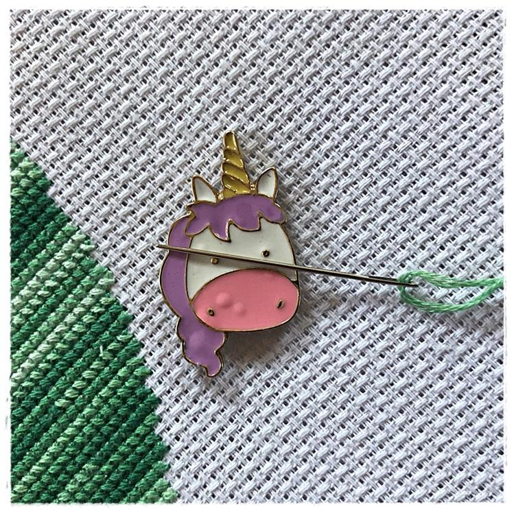 Magnetic Needle Minder Pink Unicorn